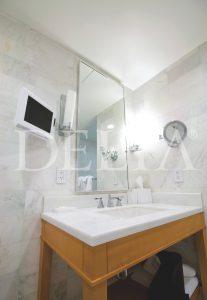 Large White Marble Tiles Photo 1