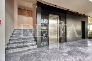Grey Marble Tile Floor Photo 2